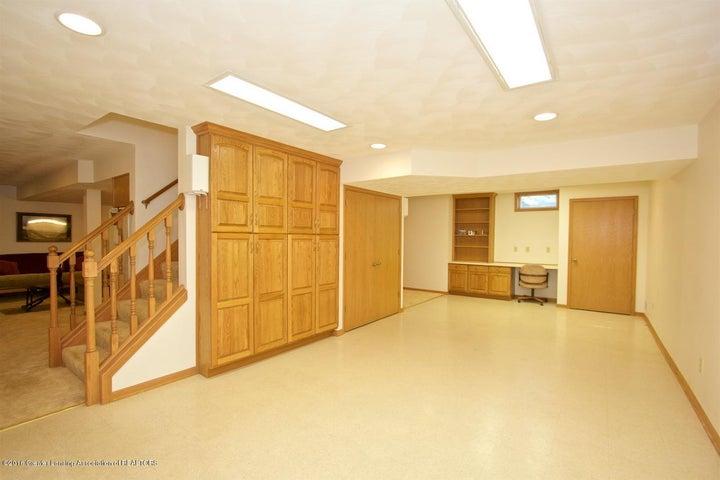 3881 Breckinridge Dr - Family Room - 19