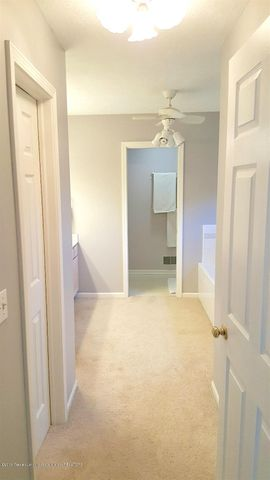 840 S Smith Rd - 13 Master Suite - 13