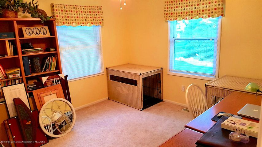 840 S Smith Rd - 17 Bedroom 3 - 17