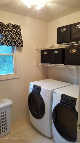 840 S Smith Rd - 19 Main Floor Laundry - 19