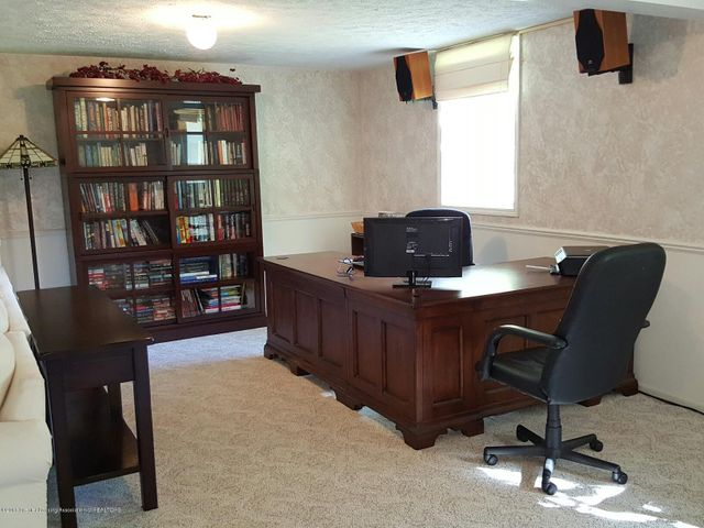 840 S Smith Rd - 24 Lower Level Office - 24