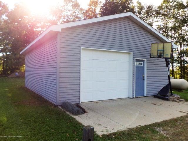 3565 Banner Rd - Pole barn - 36