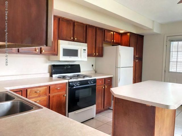 423 Chilson Ave - IMG_2355 - 6