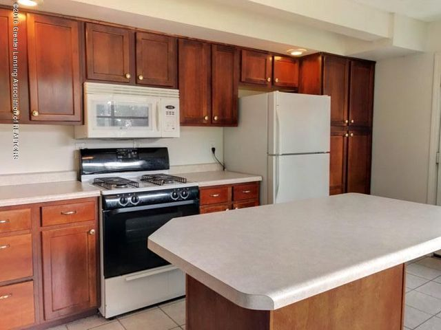 423 Chilson Ave - IMG_2363 - 7