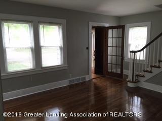 814 Downer Ave - Living Room - 3
