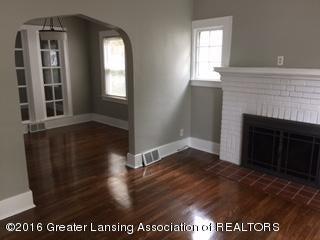 814 Downer Ave - Living Room - 5