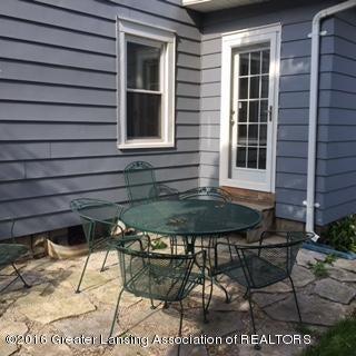 814 Downer Ave - back deck - 19