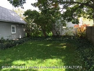 814 Downer Ave - Backyard - 21