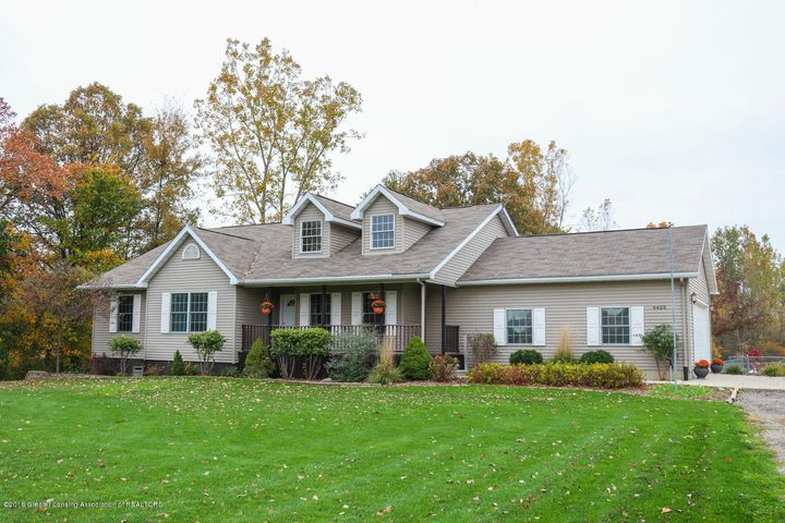 4455 Alward Rd - Front - 2