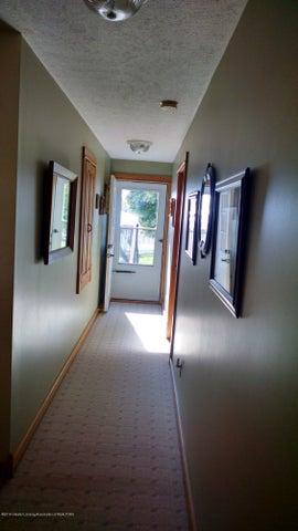 8043 W M 21 - Hall to back yard - 13