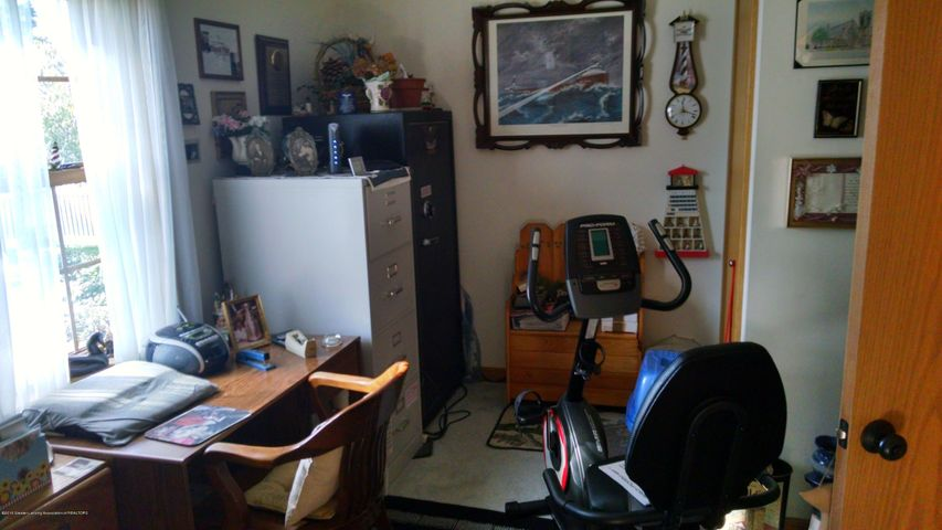 8043 W M 21 - Study/Office Ex Rm - 16