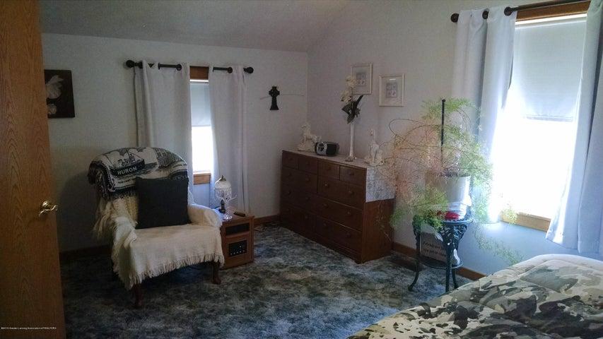 8043 W M 21 - Bedroom - 18