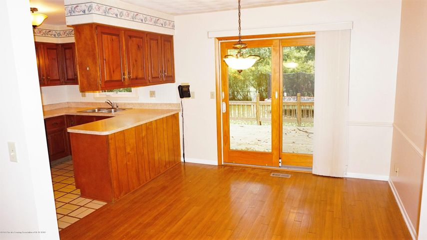 1437 Ramblewood Dr - Dining Room - 4