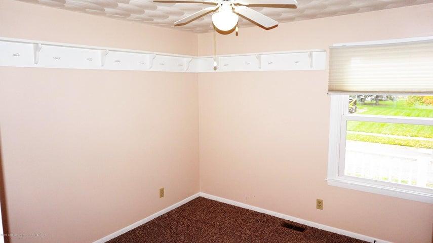 1437 Ramblewood Dr - Bedroom 3 - 12