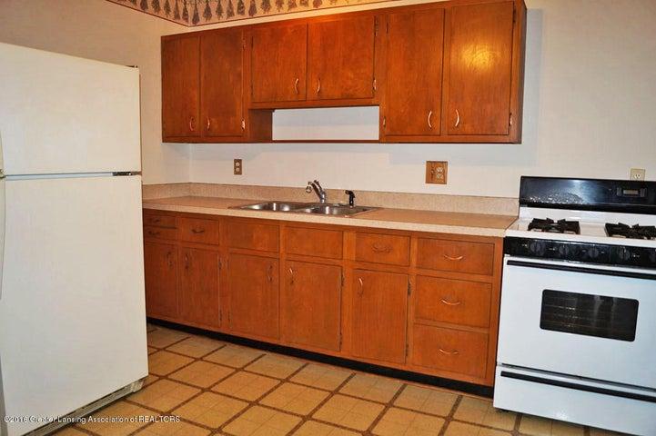 2035 Riverside Ct - Kitchen - 9