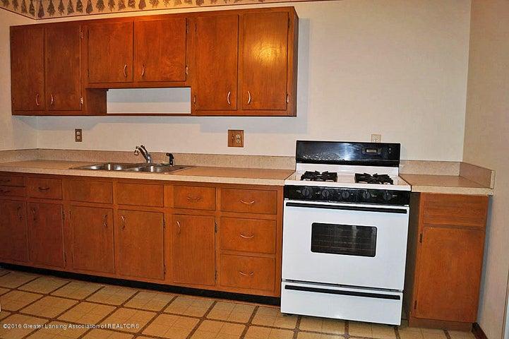2035 Riverside Ct - Kitchen - 10