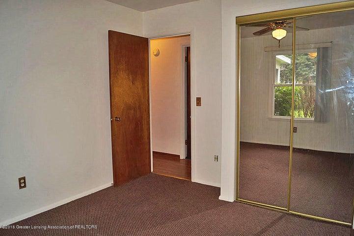 2035 Riverside Ct - Bedroom - 18
