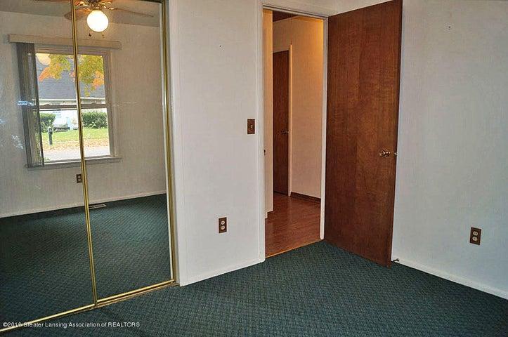 2035 Riverside Ct - Bedroom - 20