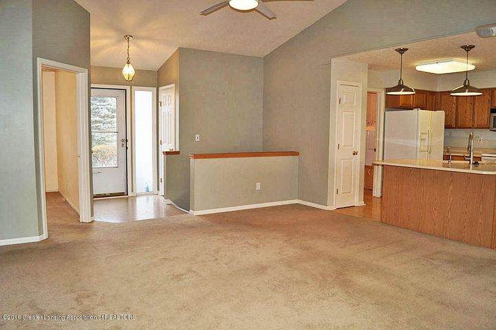 465 Fox Run Ct - Great Room - 5