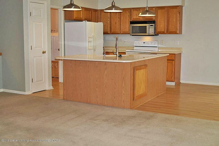 465 Fox Run Ct - Kitchen - 7