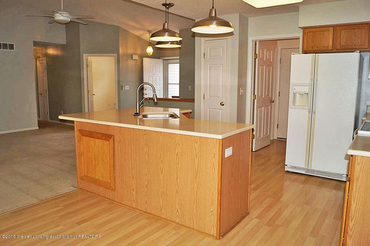 465 Fox Run Ct - Kitchen - 10