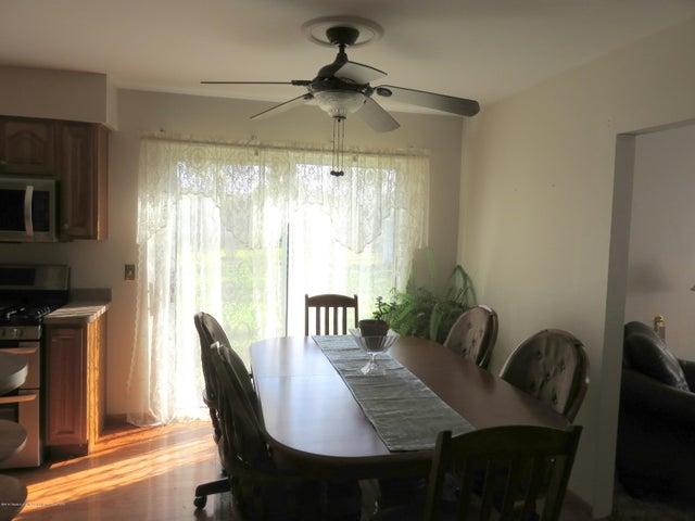 6038 Hart St - Dining Room - 9