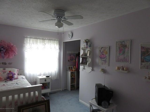 6038 Hart St - Bedroom - 12