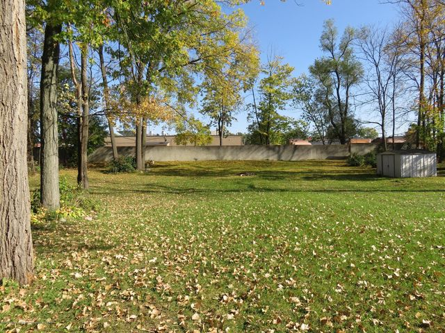 6038 Hart St - View - 20