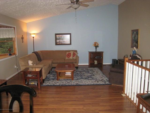 5604 Clark Rd - Living room - 18