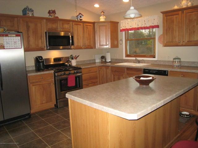 5604 Clark Rd - Kitchen - 13