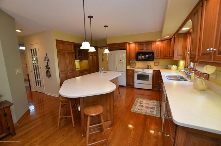 5518 White Ash Ln - KITCHEN - 3