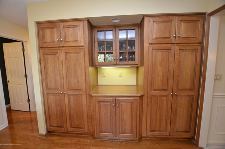 5518 White Ash Ln - KITCHEN CABINETRY - 14