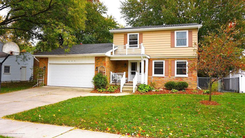 1437 Ramblewood Dr - Front of House - 1