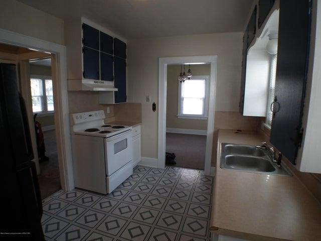 234 S Magnolia Ave - Kitchen 2 - 6