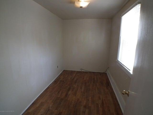 234 S Magnolia Ave - Closet - 19