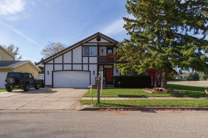5200 Sunrose Ave - Exterior Front - 1