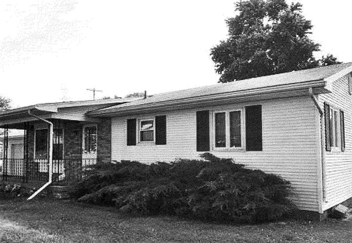 470 N New Lothrop Rd - Front Exterior - 1