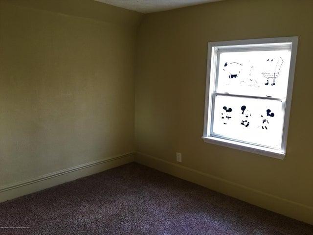 1202 W Ionia St - Bedroom 3 - 29