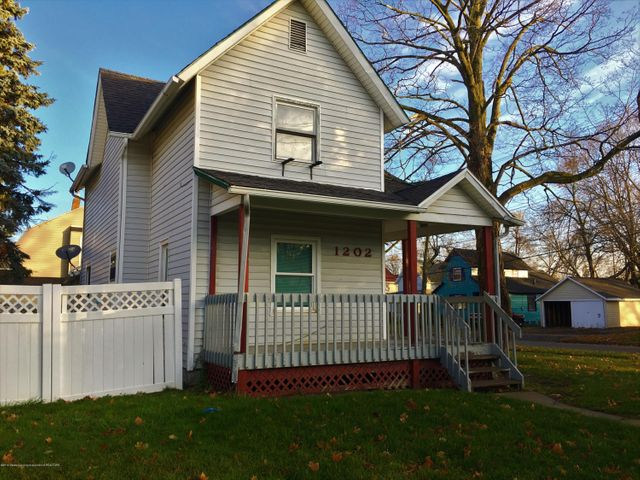 1202 W Ionia St - Front - 1