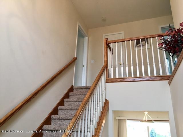 2166 Winners Cir - 37 Staircase1 - 37