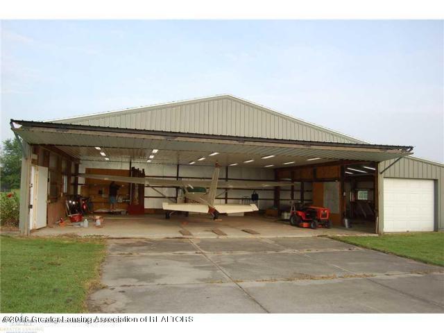 9425 Columbia Hwy - Pole barn c - 3