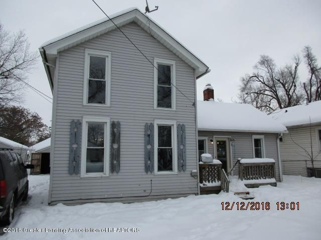 921 S Shiawassee St - front - 1