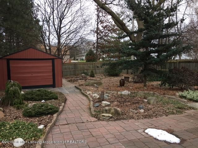 630 Lexington Ave - Back Yard Landscaping - 17