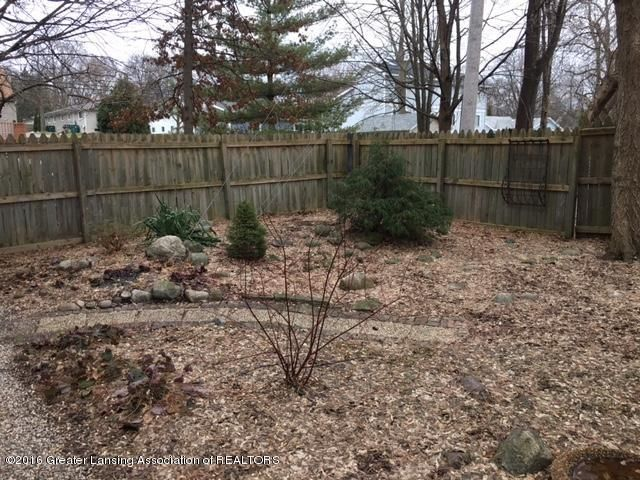 630 Lexington Ave - Back Yard Landscaping - 18