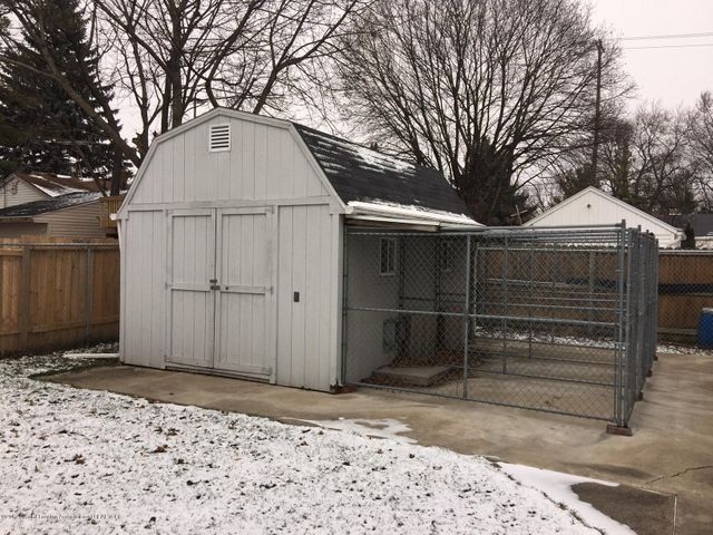 1215 N Jenison Ave - shed with electric - 15