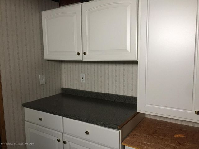 1215 N Jenison Ave - basement laundry area - 12