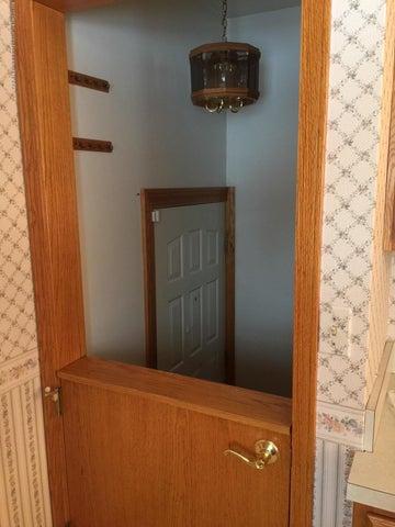 1215 N Jenison Ave - half-door - 5