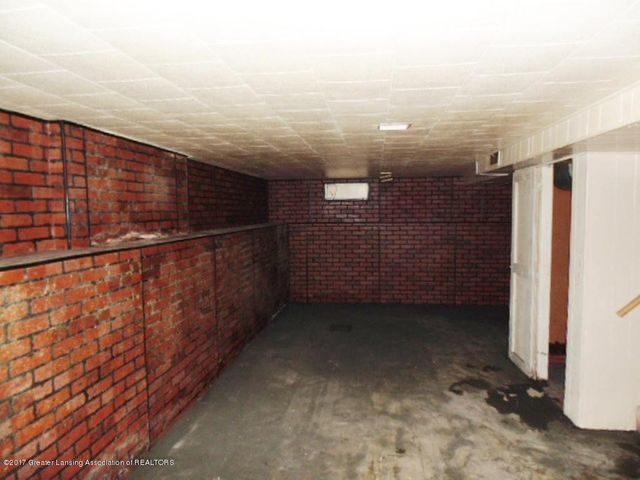 2305 W North St - Basement - 17