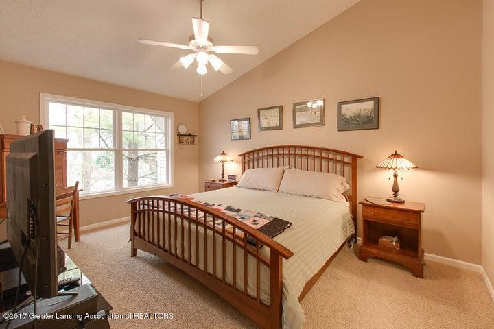 6389 Highland Ridge Dr - bedroom - 18