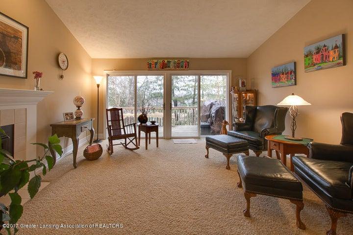 6389 Highland Ridge Dr - Living Room - 6
